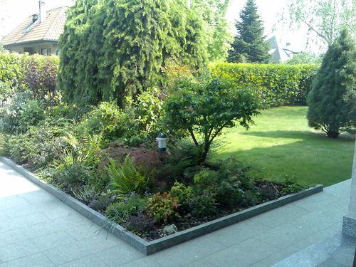 Manutenzione giardini giardinieri milano e provincia for Manutenzione giardini